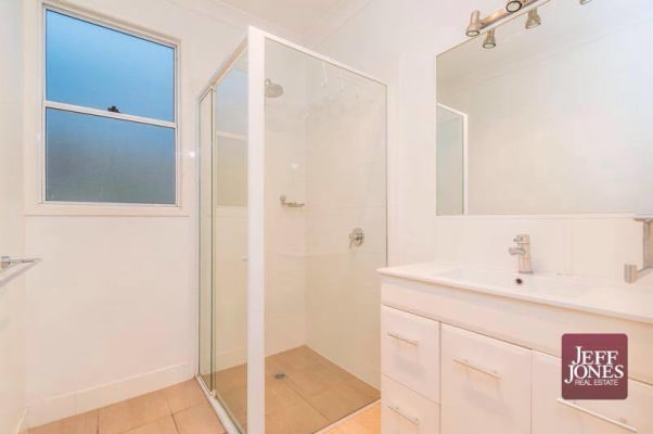 $134, Flatshare, 3 bathrooms, Old Cleveland Road, Greenslopes QLD 4120