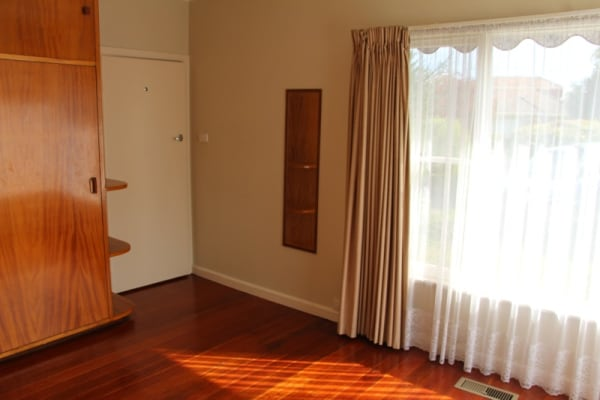 $180, Share-house, 3 bathrooms, Kathleen Street, Rosanna VIC 3084