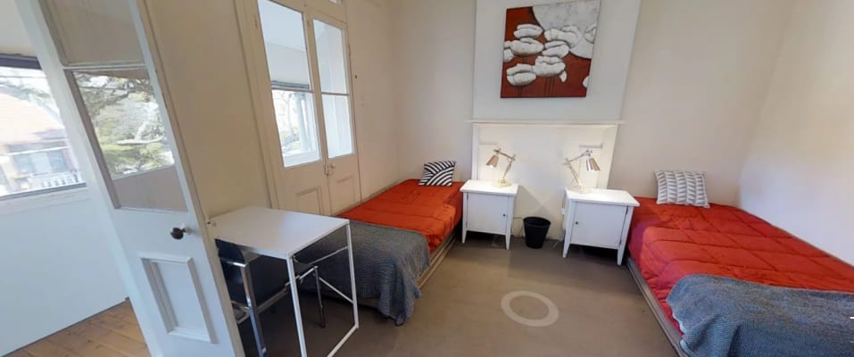 $225, Flatshare, 1 bathroom, Thurlow Street, Redfern NSW 2016
