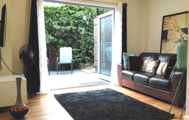 $400, Studio, 1 bathroom, Allard Avenue, Roseville Chase NSW 2069