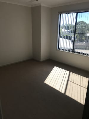 $180, Share-house, 3 bathrooms, Beaconsfield Road, Beaconsfield QLD 4740