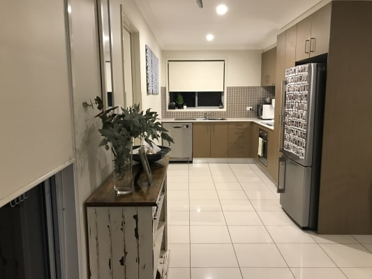 $200, Share-house, 2 bathrooms, Clark Close, Spence ACT 2615