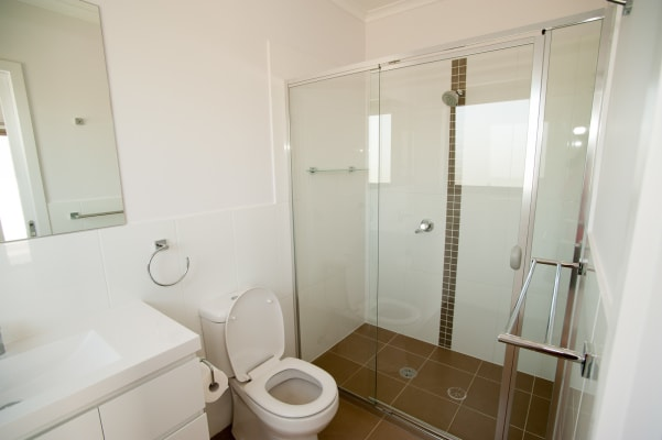 $200, Share-house, 4 bathrooms, Clare Burton Crescent, Franklin ACT 2913