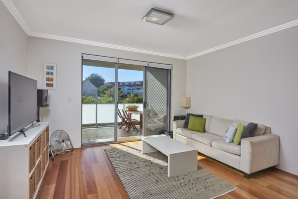 $300, Flatshare, 2 bathrooms, New Canterbury Road, Dulwich Hill NSW 2203