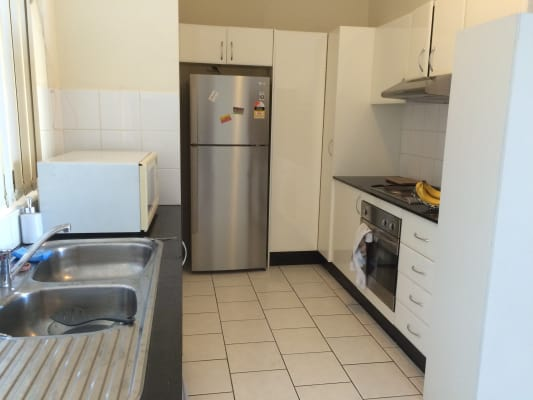 $275, Flatshare, 2 bathrooms, New Canterbury Road, Dulwich Hill NSW 2203