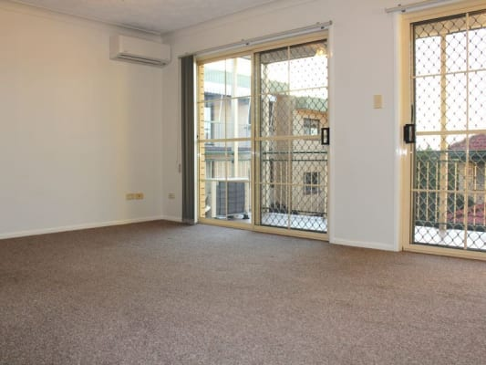 $380, Whole-property, 2 bathrooms, Ninth Avenue, Coorparoo QLD 4151