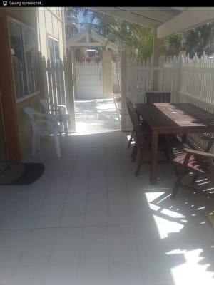$260, Flatshare, 2 bathrooms, Ward Street, Coolangatta QLD 4225