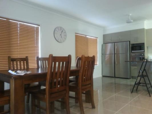$210, Student-accommodation, 6 bathrooms, Girraween Avenue, Douglas QLD 4814