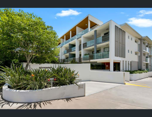 $220, Flatshare, 2 bathrooms, Lochaber Street, Dutton Park QLD 4102