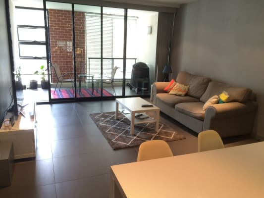$375, Flatshare, 2 bathrooms, Joynton Avenue, Zetland NSW 2017