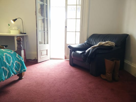 $350, Share-house, 5 bathrooms, Flinders Street, Darlinghurst NSW 2010