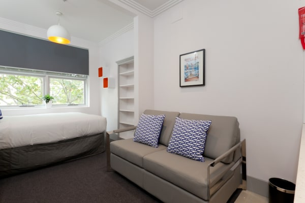 $565, Studio, 1 bathroom, Flinders Street, Darlinghurst NSW 2010
