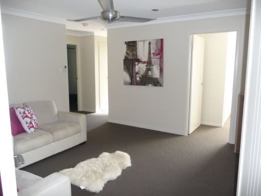 $180, Share-house, 4 bathrooms, Mackerel Street, Mountain Creek QLD 4557
