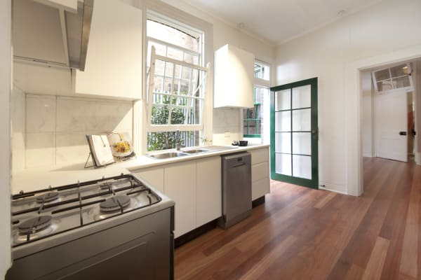 $330, Whole-property, 4 bathrooms, Windmill Street, Millers Point NSW 2000