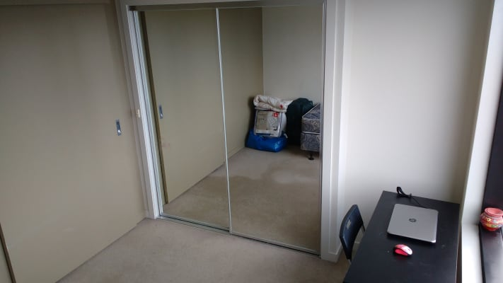 $275, Flatshare, 2 bathrooms, Harbour Esplanade, Docklands VIC 3008