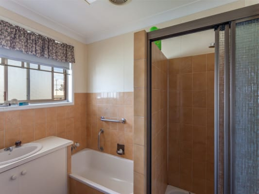 $150, Flatshare, 3 bathrooms, Anzac Avenue, Toowoomba QLD 4350