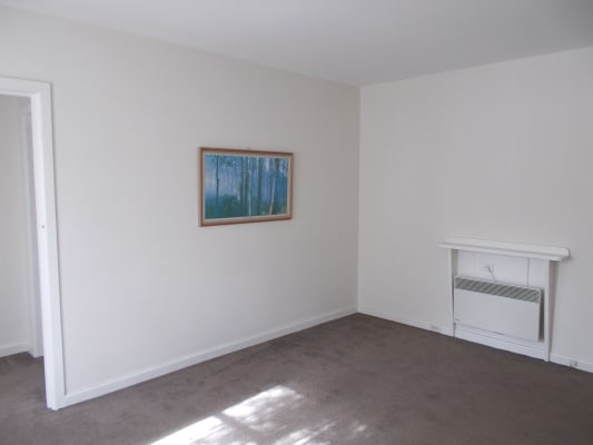 $395, Whole-property, 2 bathrooms, The Avenue, Parkville VIC 3052