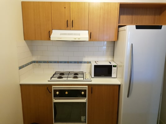 $165, Flatshare, 2 bathrooms, Leicester Street, Carlton VIC 3053