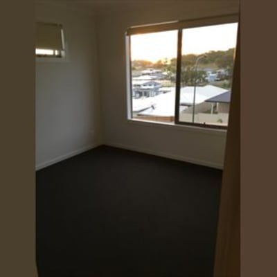 $160, Share-house, 3 bathrooms, Carlin Street, Glenvale QLD 4350