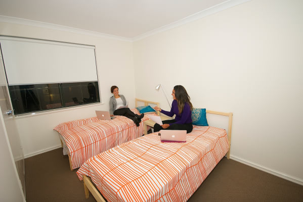 $100, Flatshare, 3 bathrooms, Wellington Street, East Perth WA 6004