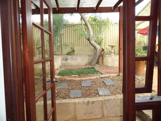 $200, Share-house, 3 bathrooms, Luffingham Street, Melville WA 6156