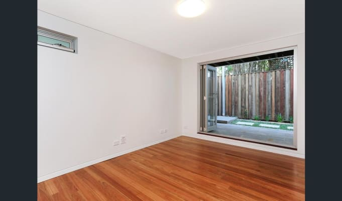 $350, Share-house, 4 bathrooms, Darghan Street, Glebe NSW 2037