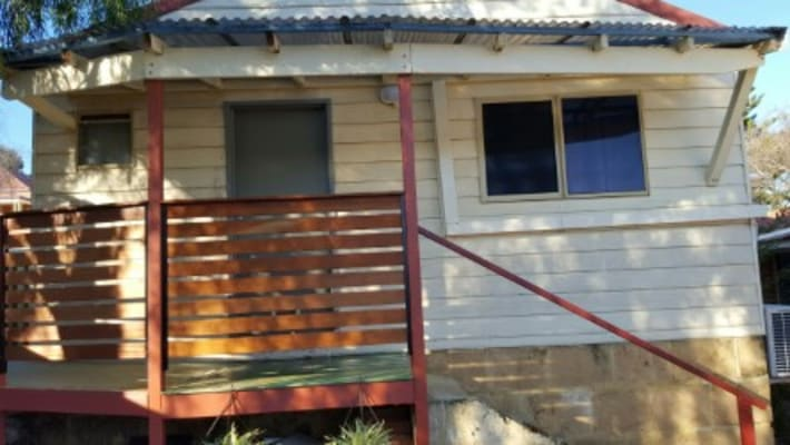 $220, Studio, 1 bathroom, Milroy Street, Willagee WA 6156