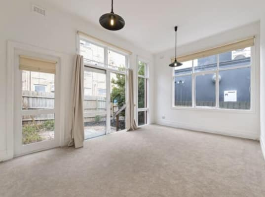 $215, Share-house, 3 bathrooms, Culshaw Street, Toorak VIC 3142