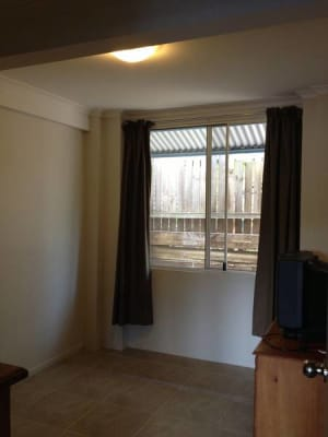 $190, Share-house, 3 bathrooms, Railway Terrace, Dutton Park QLD 4102