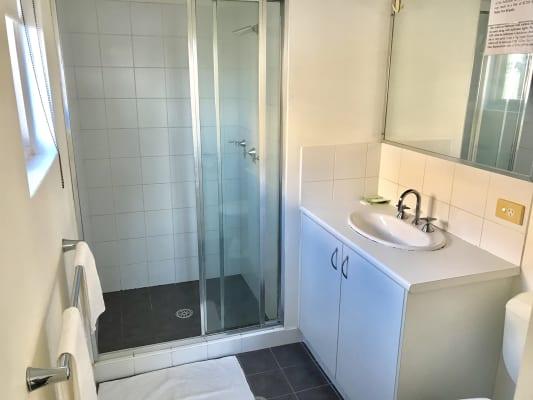 $375, Studio, 1 bathroom, Parramatta Road, Leichhardt NSW 2040