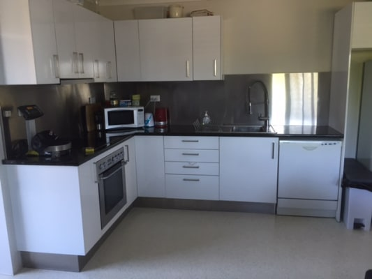 $220, Flatshare, 2 bathrooms, Main Street, Kangaroo Point QLD 4169