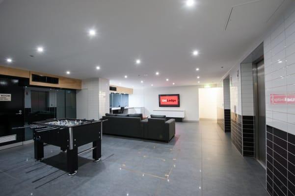 $260, Flatshare, 2 bathrooms, Lonsdale Street, Melbourne VIC 3000