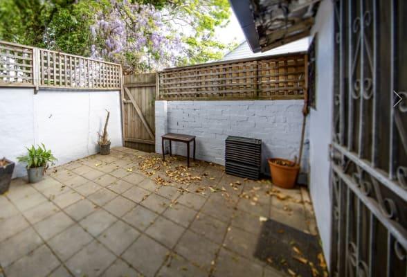$330, Share-house, 2 bathrooms, Wilton Street, Surry Hills NSW 2010