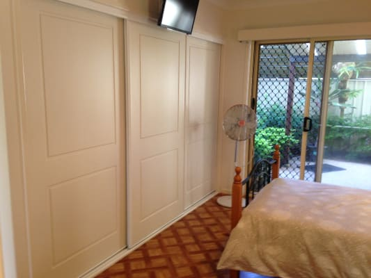 $200, 1-bed, 1 bathroom, Scarborough Road, Scarborough QLD 4020