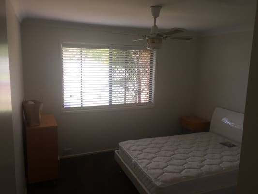 $180, Share-house, 3 bathrooms, Sundown Drive, Paradise Point QLD 4216