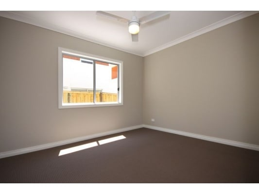 $210, Share-house, 4 bathrooms, Andromeda Parade, Robina QLD 4226