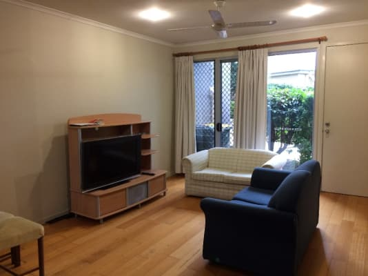 $150, Share-house, 3 bathrooms, Moreton Street, Norman Park QLD 4170