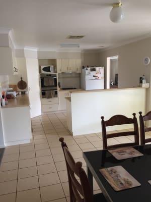 $160, Share-house, 4 bathrooms, Paldi Crescent, Glenfield Park NSW 2650