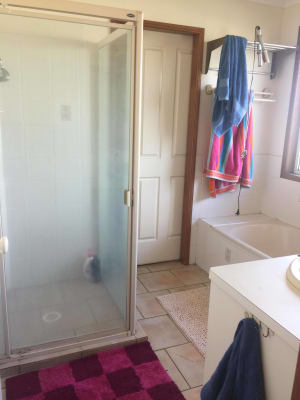 $130-140, Share-house, 2 rooms, Obeirne Street, Kearneys Spring QLD 4350, Obeirne Street, Kearneys Spring QLD 4350