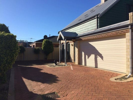 $430, Whole-property, 2 bathrooms, Flinders Street, Nollamara WA 6061