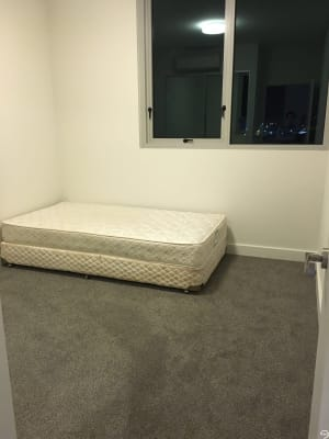 $330, Flatshare, 2 bathrooms, Magdalene Terrace, Wolli Creek NSW 2205