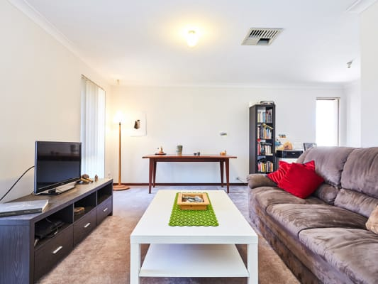 $140, Share-house, 2 bathrooms, Dotterel Way, Yangebup WA 6164