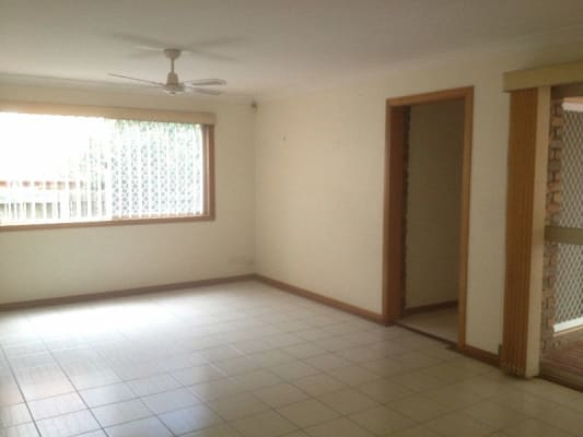 $150, Share-house, 5 bathrooms, Scrub Road, Carindale QLD 4152