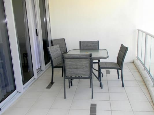 $180, Flatshare, 3 bathrooms, Cypress Avenue, Surfers Paradise QLD 4217