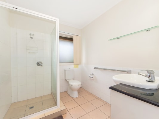 $185, Student-accommodation, 3 bathrooms, Pring Street, Ipswich QLD 4305