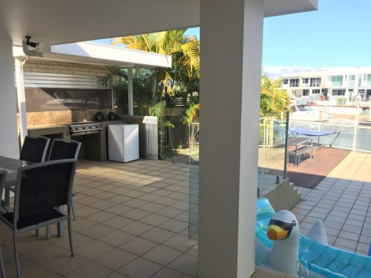 $235, Share-house, 4 bathrooms, Vespa, Surfers Paradise QLD 4217