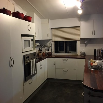 $180, Share-house, 3 bathrooms, Twelfth Avenue, Railway Estate QLD 4810