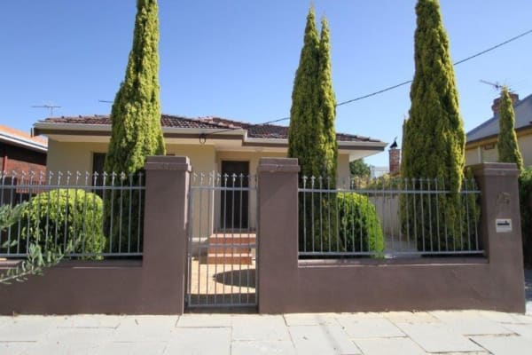 $215, Share-house, 2 bathrooms, King William Street, South Fremantle WA 6162