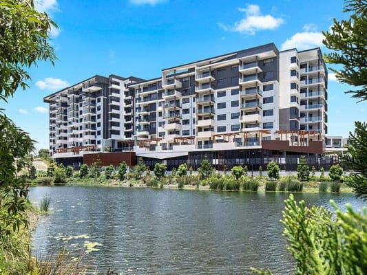 $250, Flatshare, 2 bathrooms, Parnell Boulevard, Robina QLD 4226
