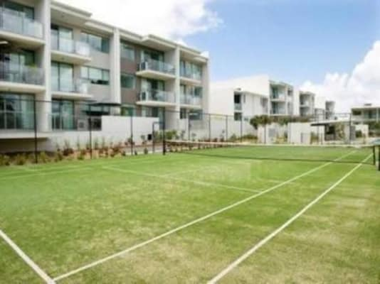 $250, Flatshare, 2 bathrooms, Gaven Crescent, Mermaid Beach QLD 4218